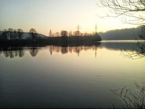 Photo: Ein Abschiedblick gen Wetter an der Ruhr vom Ufer des Harkortsees beim Cunokraftwerk aus.