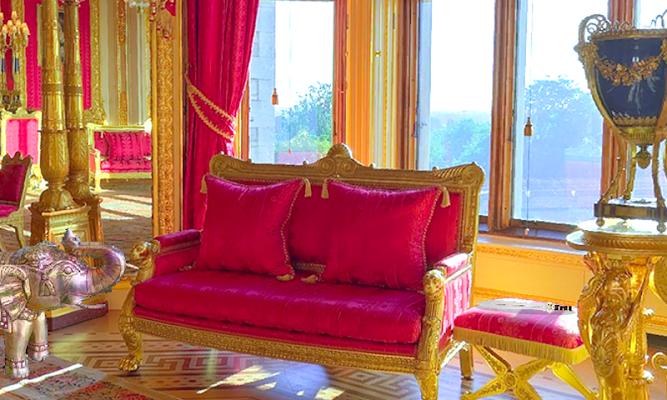 Escape From Buckingham Palace - screenshot