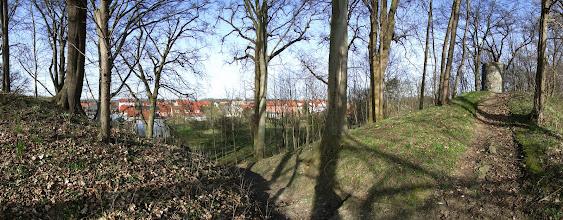 Photo: Garz Rügen - Burgwall Panorama - mit Blick auf Garz