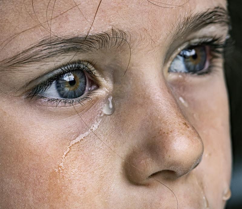 Una lacrima sul viso di angart71