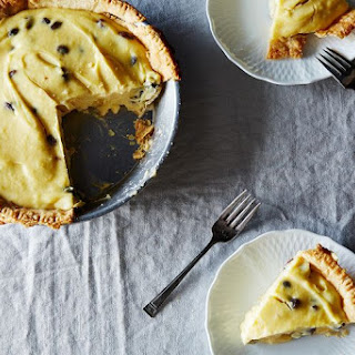 Sour Cream-Raisin Pie