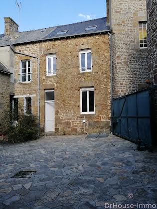 Vente maison 10 pièces 145 m2