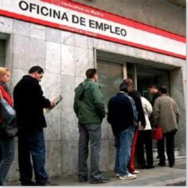 Cola_Oficina_Empleo