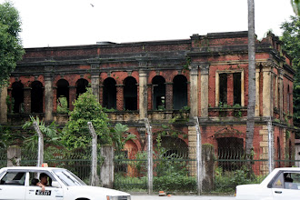 Photo: Year 2 Day 54 - The Government Buildings in Yangon, Being Allowed to Deteriorate