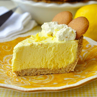 Old Fashioned Lemon Icebox Pie.