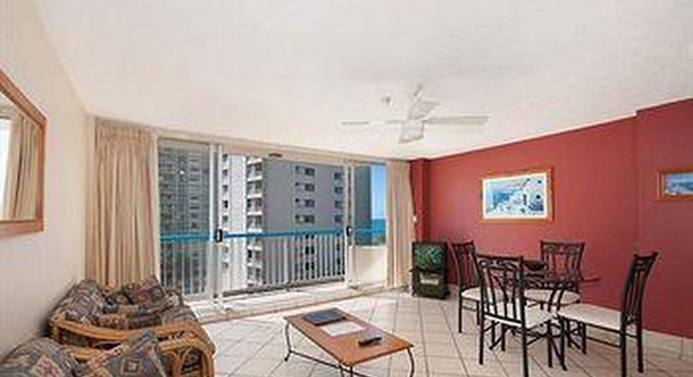 Quarterdeck Apartments