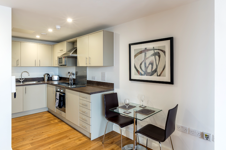 Fully equipped kitchen at 100 Kings Road