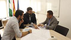 Los concejales del Ayuntamiento de Roquetas durante la reunión mantenida esta semana.