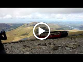 Video: There is a train that goes to the top of Snowdonia on the other side of the hill