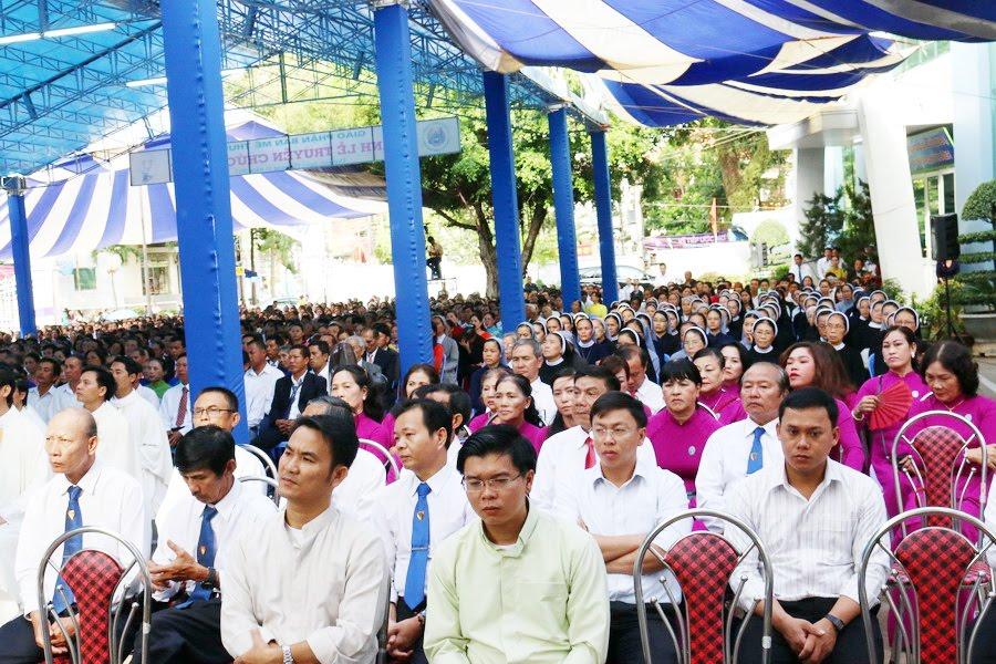 Lễ Tấn Phong chức Phó tế tại nhà thờ Chính Tòa Ban Mê Thuột - Ảnh minh hoạ 10
