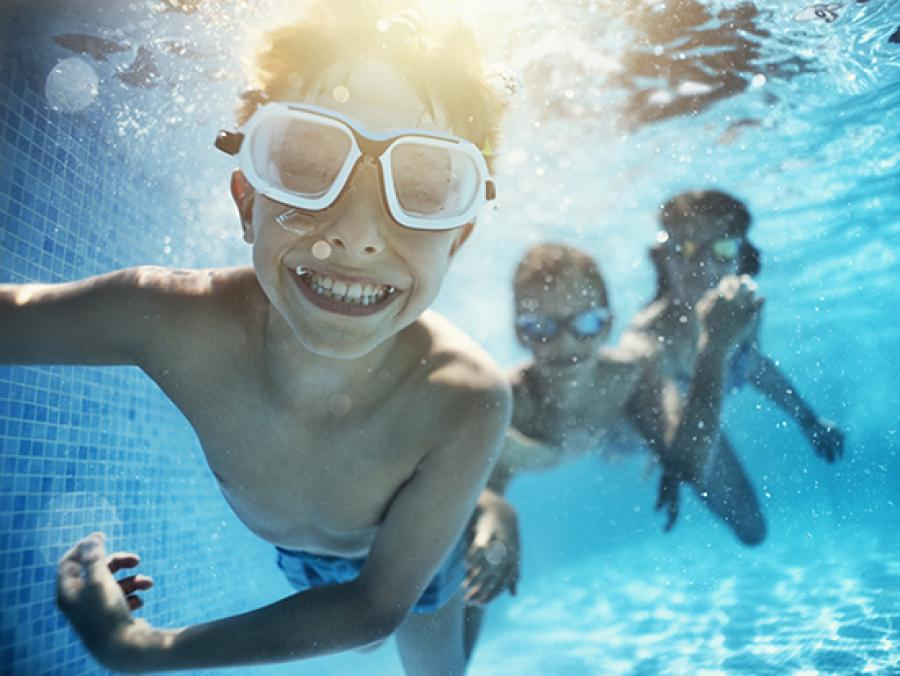 Are swimming pools safe during COVID-19? Tips for safely enjoying the water  - News | UAB