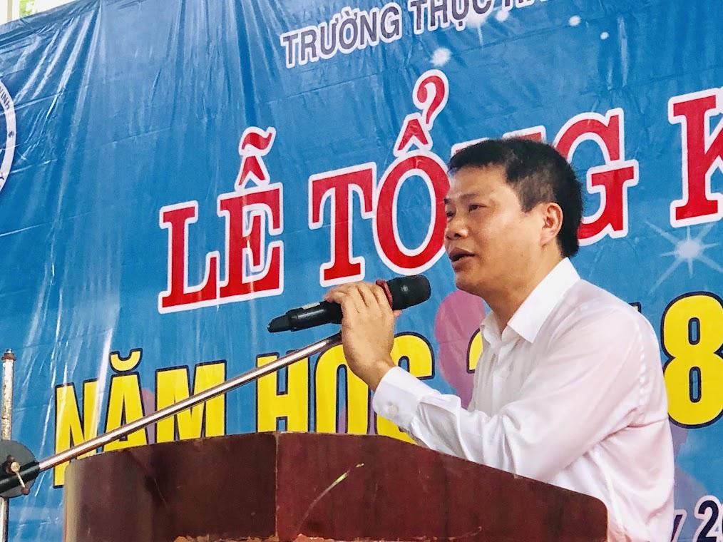 TS. Phan Xuân Phồn - Hiệu trưởng Trường Thực hành Sư phạm ĐH Vinh báo cáo tổng kết năm học 2018-2019