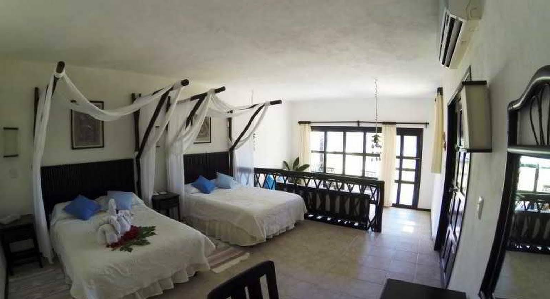 Hotel Cabañas Los Lirios Tulum