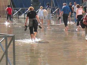 Photo: Aqua Alta - suositellaan kumisaappaita tai paljaita jalkoja