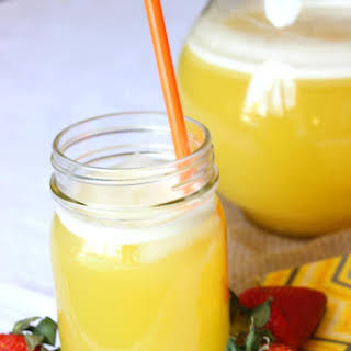 Easy Agua de Pina Recipe (Mexican Pineapple Water).