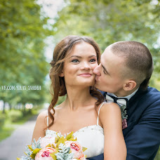 Wedding photographer Viktoriya Nikitina (ViktoryN). Photo of 23.08.2015