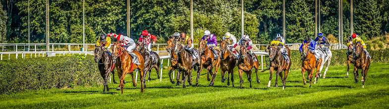 Photo: Finish Sprint - Action at the races! I tried a HDR looking retouching by double processing with a lot of clarity in LR :-)