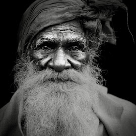 DRAMATIC BEARD by Rahul Chowdhury - People Portraits of Men ( face, old, black and white, beard, indian, highlight, man, portrait, eyes )