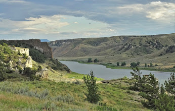 Photo: Overlooking igneous Grand Natural Wall down river from Eagle Creek.