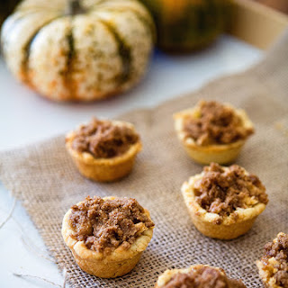 Dutch Apple Mini Pies