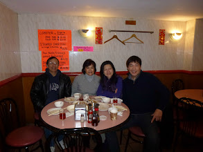Photo: 4months later,San Jig & wife Jane came.And theymet up with Ah Mou & wife Carolyn. Here they had theirtraditional Hong Kong style breakfast.