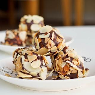 Peanut Butter Chocolate Almond Balls