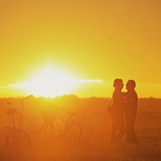 Wedding photographer Artem Esaulkov (RomanticArt). Photo of 25.09.2016