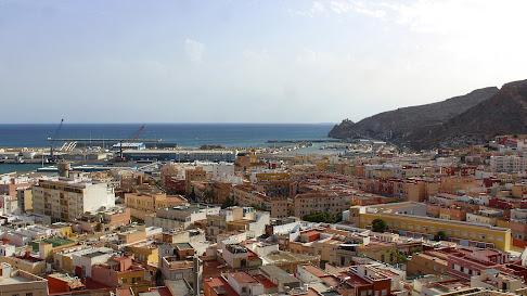 Almería vista desde el mirador del Mesón Gitano.