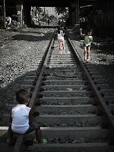 Photo: またまた 線路だったりん^^ Photo at Philippines