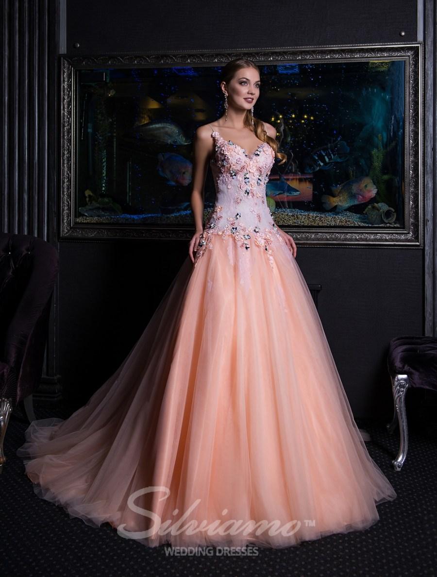 пишні вечірні сукні оптом