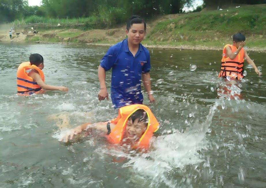 Cần có những giải pháp thiết thực mang tính dài hơi để tai nạn đuối nước ở trẻ em không còn là nỗi lo ngại và ám ảnh