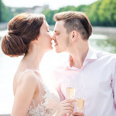 Wedding photographer Anna Romanovskaya (annromanovska). Photo of 22.08.2017