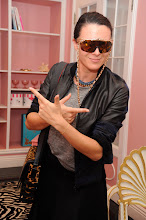 Photo: Blogger's Preview Event of Anna Dello Russo at H&M, 2012.  Photos by: Sherly Rabbani / Getty