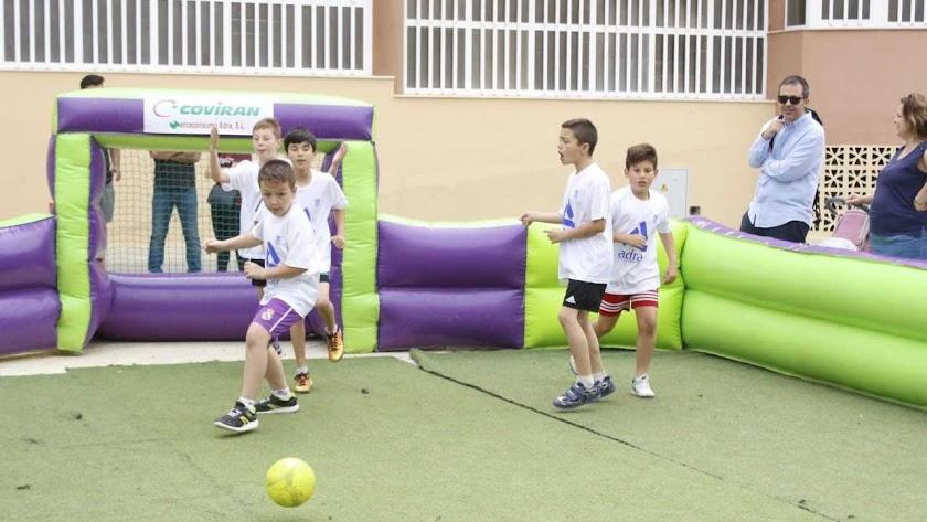 Adra apuesta por el fútbol 3x3 para los pequeños