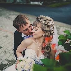Wedding photographer Andrey Rozhnov (AndrR). Photo of 01.10.2013