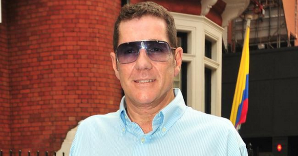 Dale Winton buried with mother