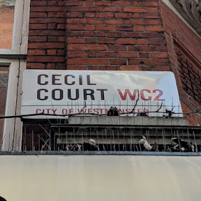 【世界の街角】モーツァルトも訪れたロンドン中心部の古書店街「セシル・コート」