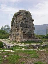 Photo: Limyra, Cenotaph of Gaius Ceasar .......... Limyra, Cenotaaf van Gaius Ceasar.