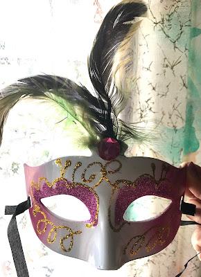 Giù la maschera  di emidesa