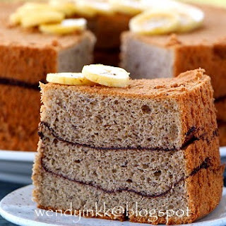 Banana Chiffon Cake with Cocoa Layering