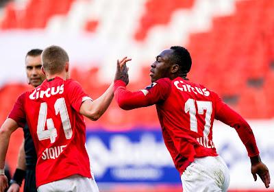 """Mbaye Leye recupereert twee sleutelspelers tegen KV Mechelen: """"Dat is positief en een goed voorteken"""""""