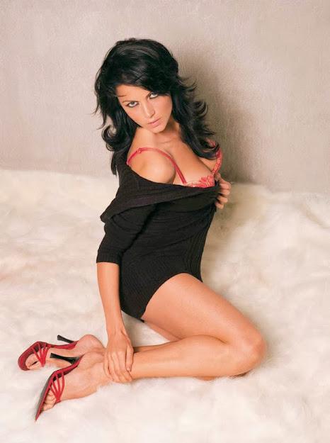 Yana Gupta high heels, Yana Gupta feet, Yana Gupta super hot, Yana Gupta sexy, Yana Gupta husband