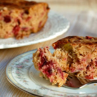 Slow Cooker Cranberry Apple Cake.