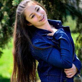 Smile by Valeri Bobenkov - People Portraits of Women