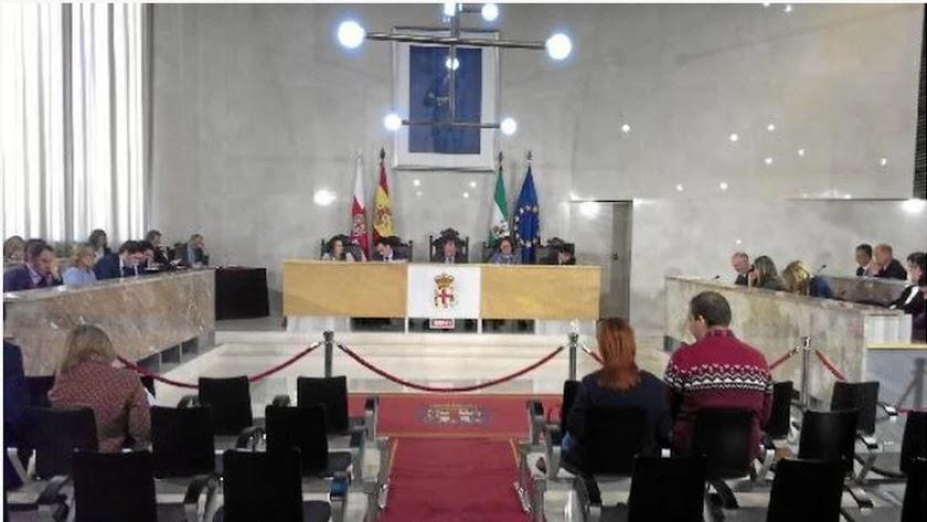 Imagen del pleno del 1 de diciembre de 2014 en el que se aprobó la salida