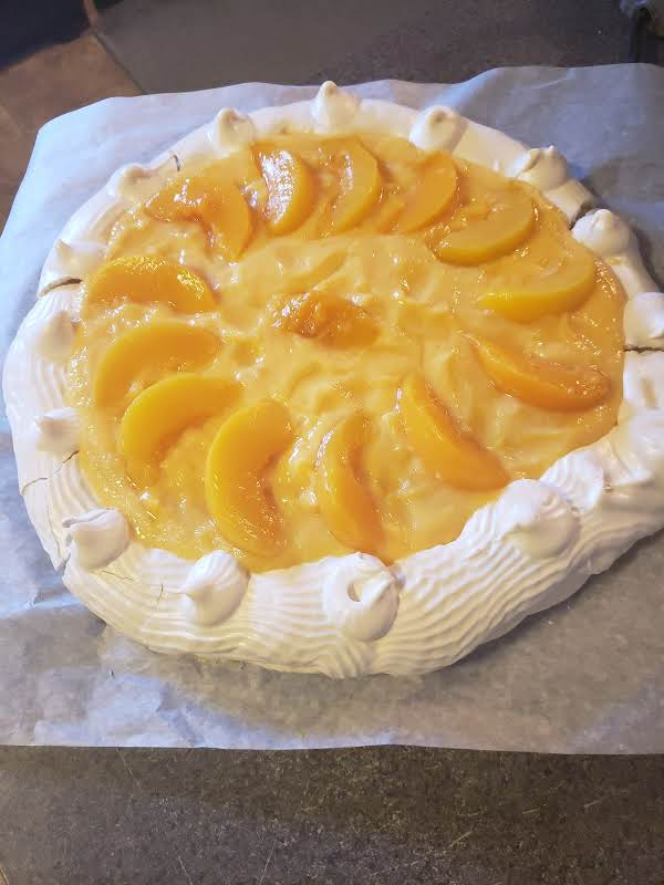 Pavlova With Peach Custard Recipe