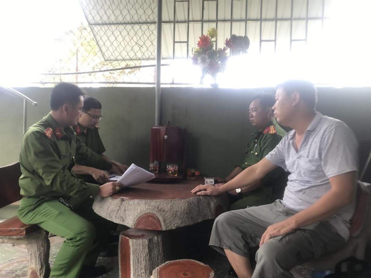 Công an huyện Yên Thành tăng cường công tác kiểm tra các cơ sở cầm đồ để nhắc nhở hoạt động tuân thủ pháp luật, hạn chế  các nguy cơ tiềm ẩn của hoạt động