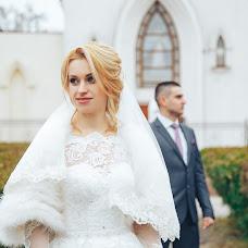 Wedding photographer Viktoriya Sklyar (sklyarstudio). Photo of 07.03.2018