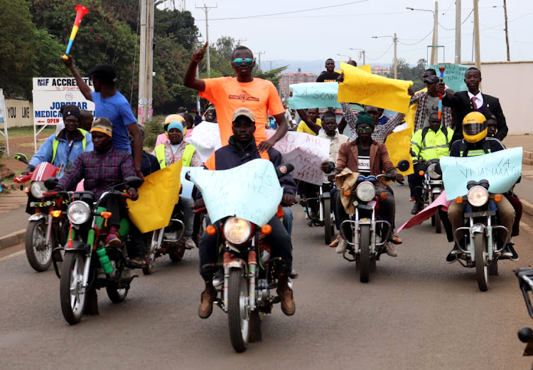 Bodaboda riders protests against the killing of a harmless homelss man in Mathare slums on June 2.