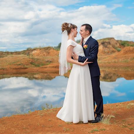 Wedding photographer Marina Ekimkova (MarinaEkimkova). Photo of 19.09.2015